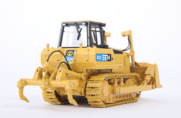 1:35 Shangong SEM822 Bulldozer Toy, (Scale Model Truck, Construction vehicles Scale Model, Alloy Toy Car, Diecast Scale Model Car, Collectible Model Car, Miniature Collection Die cast Toy Vehicles Gifts).