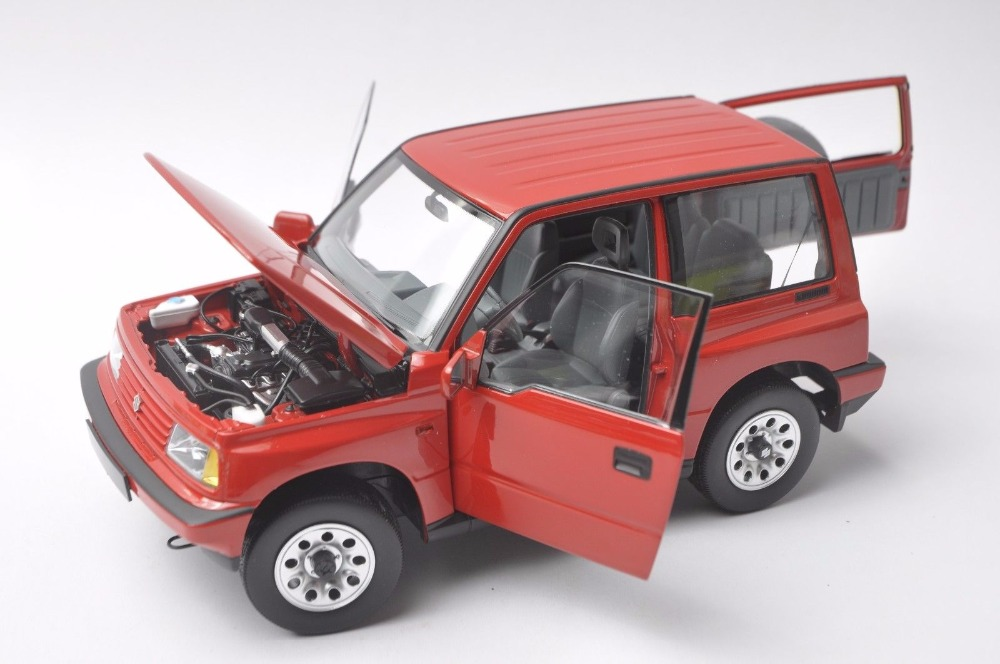 1/18 Suzuki Vitara Escudo 1989 Gran Red Alloy Toy Car, Diecast Scale Model Car, Collectible Model Car, Miniature Collection Die-cast Toy Vehicles Gifts