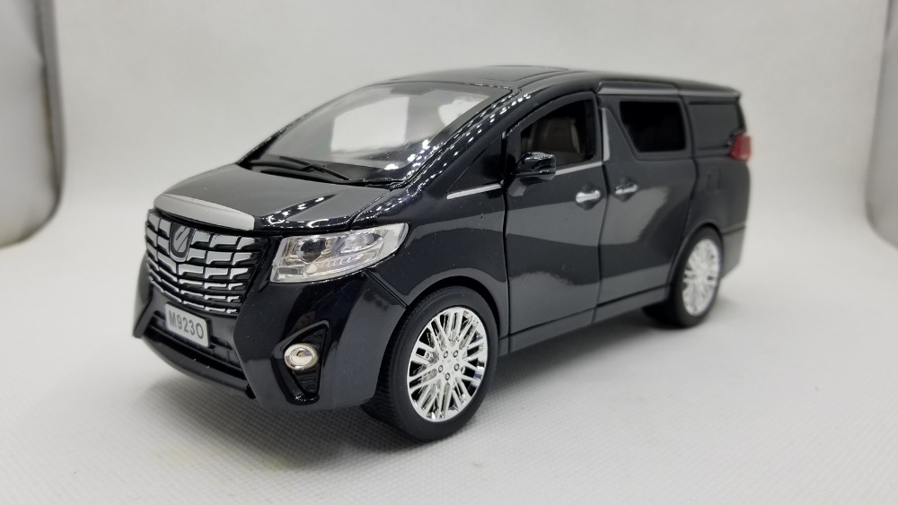 1/24 Toyota Alphard VELLFIRE Black MPV Pullback Music Flash Light Alloy Toy Car, Diecast Scale Model Car, Collectible Model Car, Miniature Collection Die-cast Toy Vehicles Gifts