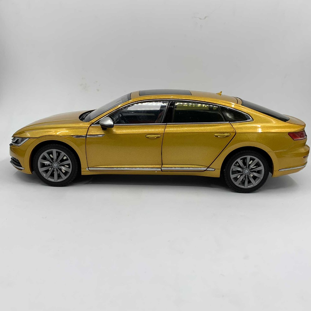 1/18 Volkswagen VW All New CC Arteon 2018 Passat Magotan Gold Alloy Toy Car, Diecast Scale Model Car, Collectible Model Car, Miniature Collection Die-cast Toy Vehicles Gifts