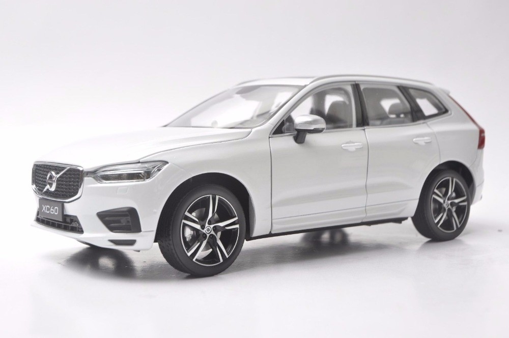 1/18 Volvo XC60 Sport XC 60 2018 White SUV Alloy Toy Car, Diecast Scale Model Car, Collectible Model Car, Miniature Collection Die-cast Toy Vehicles Gifts
