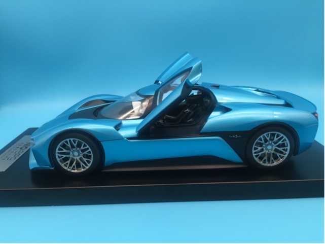 1/18 Weilai NIO EP9 Blue (Retracted rear wing) Electric Sport Car Alloy Toy Car, Diecast Scale Model Car, Collectible Model Car, Miniature Collection Die-cast Toy Vehicles Gifts