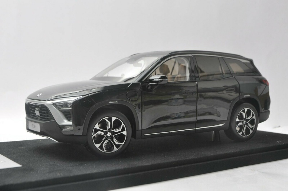 1/18 Weilai NIO ES8 2018 Founders Edition SUV Electric Sport Car Alloy Toy Car, Diecast Scale Model Car, Collectible Model Car, Miniature Collection Die-cast Toy Vehicles Gifts