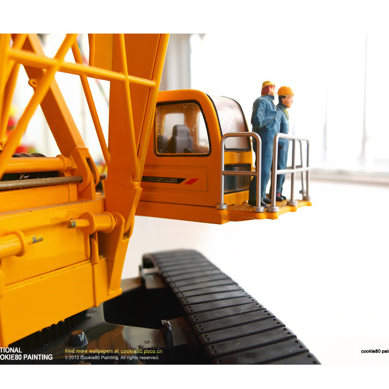 1:50 XCMG QUY300 CRAWLER CRANE TOY, (Scale Model Truck, Construction vehicles Scale Model, Alloy Toy Car, Diecast Scale Model Car, Collectible Model Car, Miniature Collection Die cast Toy Vehicles Gifts).