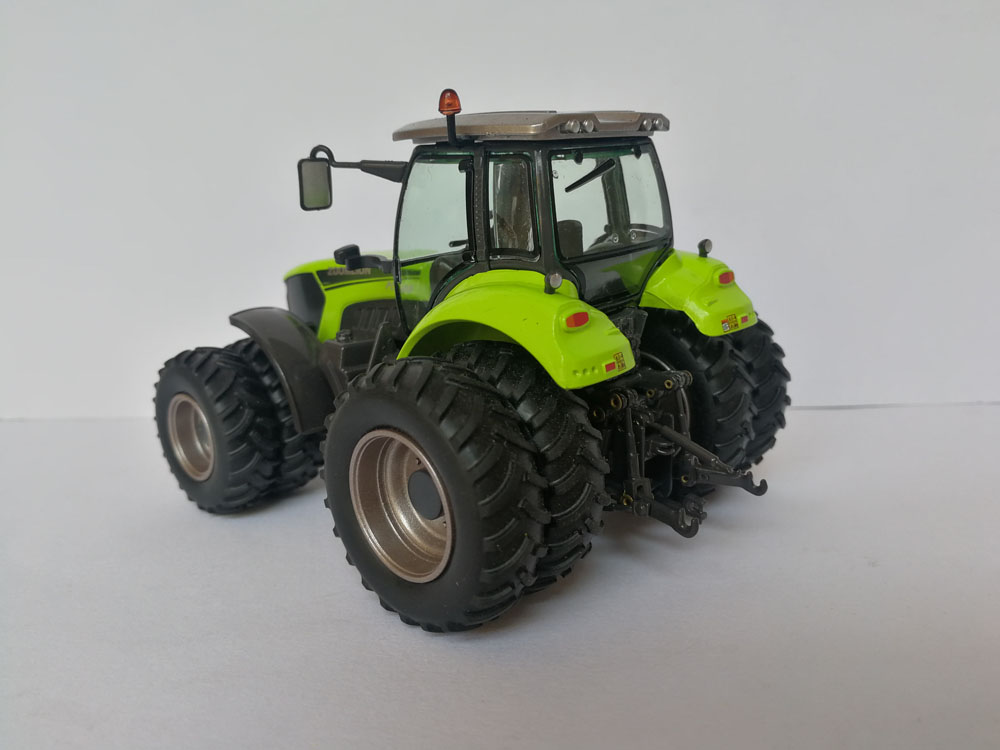 1:50 Zoomlion PL2304 Four Wheel Drived Tractor Diecast Model Collection toy, (Scale Model Truck, Construction vehicles Scale Model, Alloy Toy Car, Diecast Scale Model Car, Collectible Model Car, Miniature Collection Die cast Toy Vehicles Gifts).