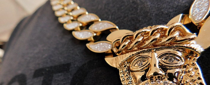 cuban chain Jesus piece