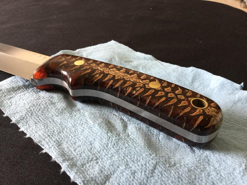 Custom knife pinecone handle