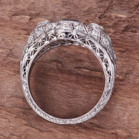 Exquisite vintage platinum filigree diamond ring