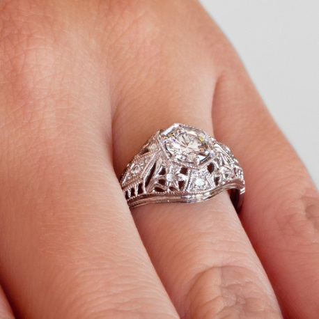 Art Deco white gold and diamond engagement ring