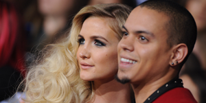 AshleeSimpson and Evan Ross obviously share a special bond