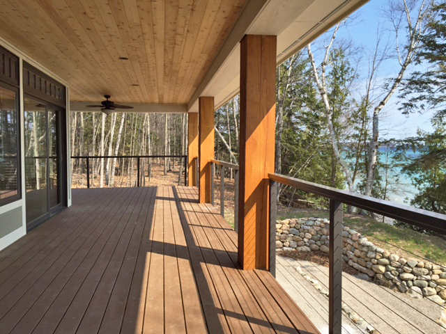 Stainless Steel Round Posts Infill For Log Cabin Deck Cable Railing Idea