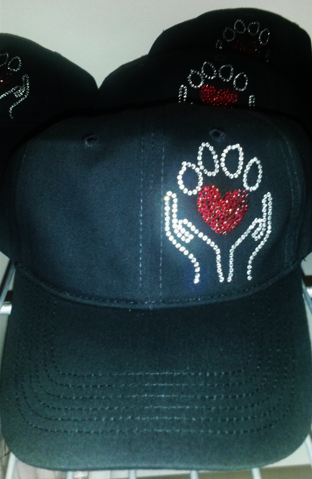 Paw love bling baseball cap
