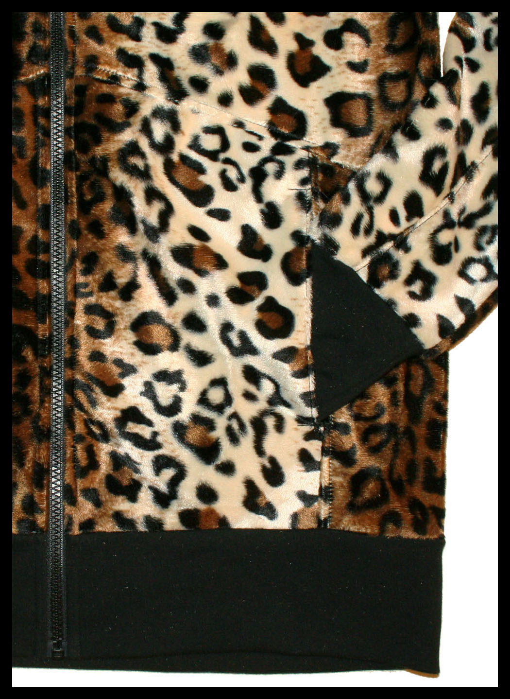 Oversized Leopard Hoodie Pocket Close-Up