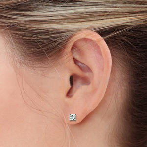 Princess Cut Diamond Stud Click On The Total Carat Weight Below To View Earring Sizes Woman S Ear